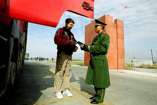 China Export Transportanfragen Frachtanfragen Spedition Hellmann East Europe Landfracht Grenze China Kasachstan Horgas Port