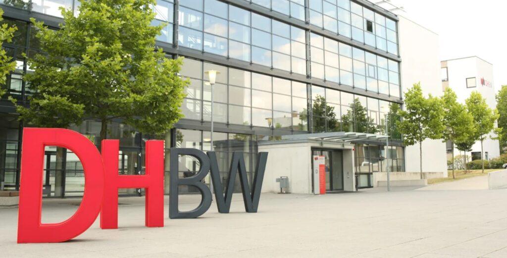 Spedition Hellmann Duales Studium BWL Spedition, Transport und Logistik Duale Hochschule Baden-Württemberg Mannheim DHBW 4
